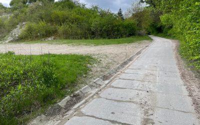 Asfalt zamiast betonowych płyt. Krakowska wreszcie doczeka się remontu